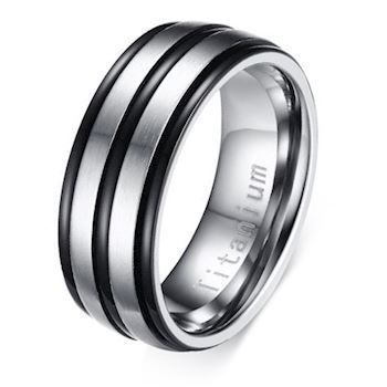 Titanium Herre Ring Black Line