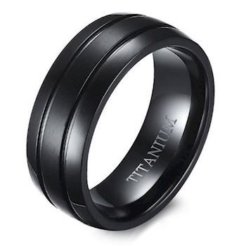 Commodore Titanium Herre Ring Black