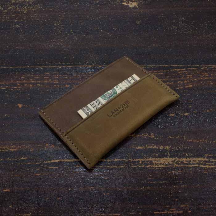 ae902825 Rustik kortholder i læder, lysebrun